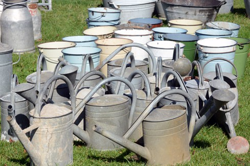 1-watering-cans-489x326